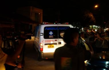 La condenada viajó a bordo de una ambulancia.