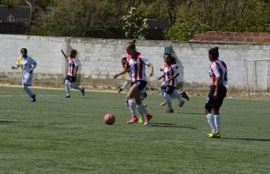 Nicole Regnier mostró su talento en el estadio Lulio González de Puerto Colombia