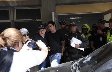 Salida de Cristian Camilo Bellón Galindo del Centro de Servicios Judiciales.