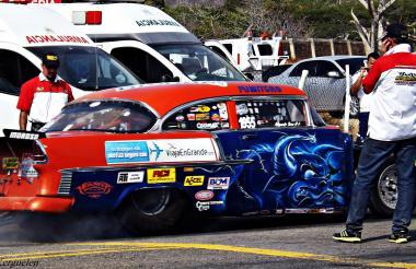 El Chvey Belair fue campeón de la Copa Carnaval en 2016 y 2017. Es uno de los cinco carros más rápidos del país.