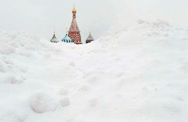 En las últimas horas han caído alrededor de 43 centímetros de nieve, pero se espera que la cifra llegue a 60 cms.