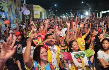 Los asistentes disfrutaron del evento desde las 5 p.m.