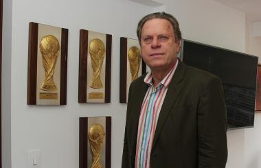 Ramón Jesurun se mantendrá como uno de los tres representantes de la Dimayor en la FCF. El 28 de agosto  se posesiona el nuevo Comité Ejecutivo de la Federación y el barranquillero será ratificado como presidente.