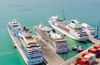 Cruceros arriban al Terminal en Cartagena de Indias.