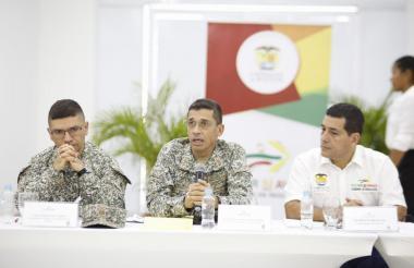 Reunión militar en Bolívar.