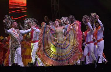 La reina del Carnaval Valeria Abuchaibe durante la Lectura del Bando.