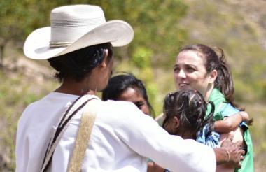 Directora del ICBF lidera retorno de niños Wiwa y Kogui.