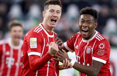 Robert Lewandowski celebrando si anotación que significó el 2-1 para el Bayern Munich