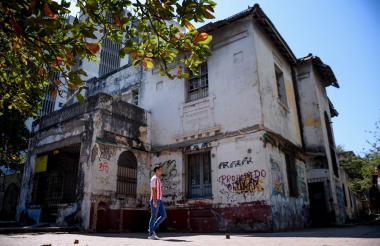 Así se ve la edificación de la esquina de la carrera 54 con calle 55, cercana a la Universidad Simón Bolívar.