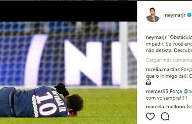 Con esta fotografía, el astro brasileño acompañó el mensaje a sus seguidores en Instagram.