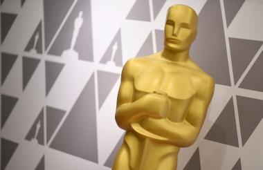 La gala de los Premios Oscar de la Academia históricamente se realiza en Hollywood, California.