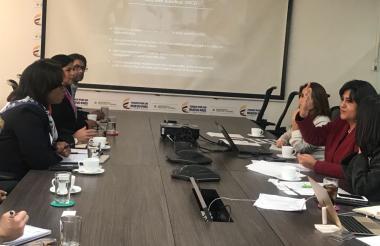 La ministra de Comercio, Lorena Gutiérrez, con los empresarios de Estados Unidos.