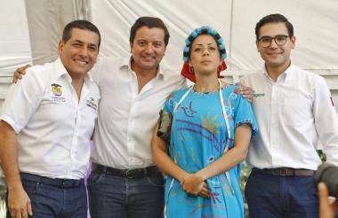 Aparecen en la imagen, de izquierda a derecha, el gobernador, Dumek Turbay; MinTIC, David Luna; Mildre Cartagena y alcalde (e) Sergio Londoño.