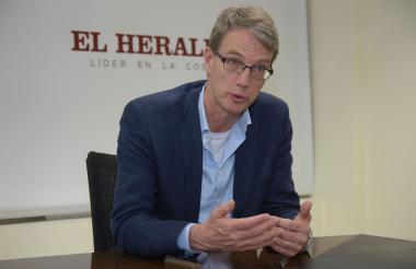 El diplomático holandés Jeroen Roodenburg.