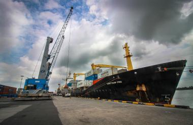 Muelle del Puerto de Barranquilla Sociedad Portuaria.