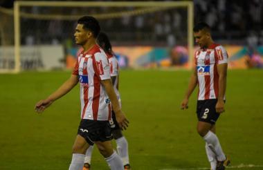 Teófilo Gutiérrez, Chará (atrás) y G. Gutiérrez.