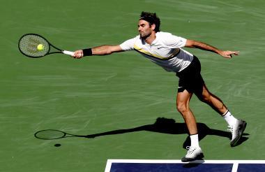 El suizo Roger Federer se esforzó al máximo en el juego contra el croata Borna Coric.