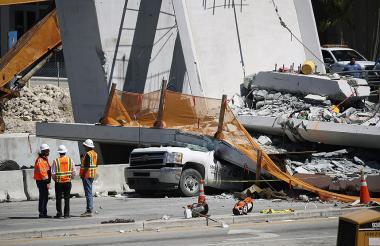 Estado en que quedó la estructura minutos después de colapsar.