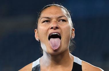 Valerie Admas, bicampeona olímpica de lanzamiento de peso, criticó la decisión.