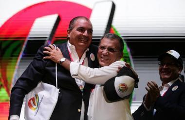 Aurelio Iragorri, director único del Partido de la U y Roy Barreras, senador electo de esa colectividad.