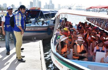 Embarcaciones turísticas en Cartagena.