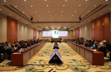 Aspecto de la Asamblea de Gobernadores del Banco Interamericano de Desarrollo que se llevó a cabo este año en Mendoza (Argentina).