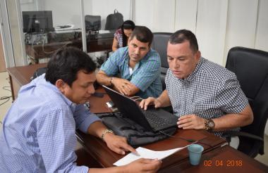 Los concejales  Carlos Bolaños (izq) y Jaime Linero (der), gestores de la proposición de citación.