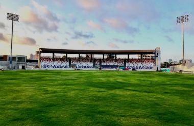 Así luce el remodelado estadio Romelio Martínez.