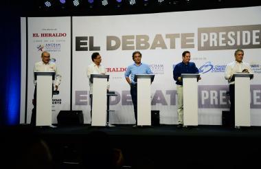 Humberto de la Calle, Gustavo Petro, Sergio Fajardo, Germán Vargas e Iván Duque.