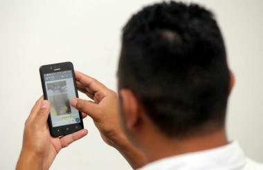 El 'sexting' no es un delito, pero puede convertirse en un riesgo cuando el receptor hace mal uso de la información.