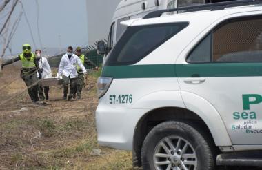 Agentes de la Sijín realizaron el levantamiento del cuerpo.