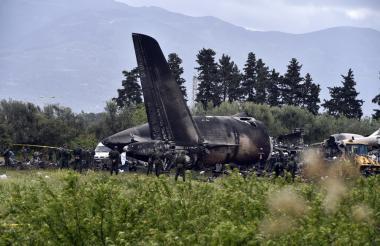 Así quedó el avión tras el accidente.