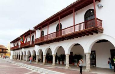 Fachada de la Alcaldía Distrital de Cartagena, en el Centro Histórico.