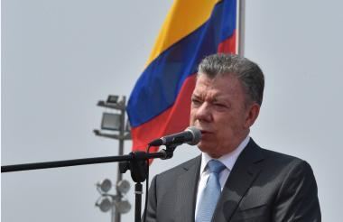 Juan Manuel Santos, a su llegada a la Cumbre de las Américas en Lima.