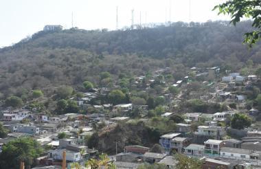 Las laderas de La Popa están siendo invadidas, sin percatarse del daño ambiental que se comete .