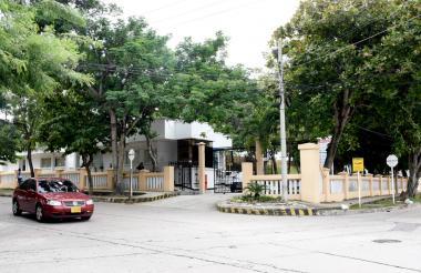 Fachada de la planta de Triple A ubicada en la carrera 36 con calle 63C, barrio El Recreo.