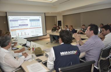 Aspecto de la reunión Plan Frontera con Venezuela, realizada ayer en la Alcaldía.