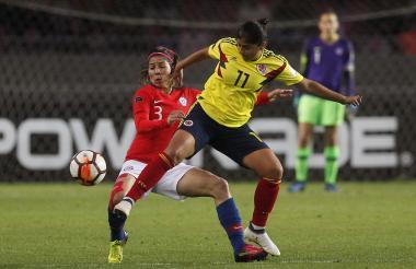 Acción del duelo entre Chile y Colombia.