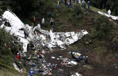 Avión que transportaba a los jugadores brasileños.