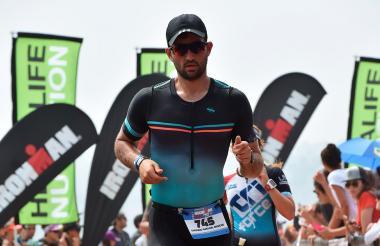 Terminando el Ironman en Lima, Perú.