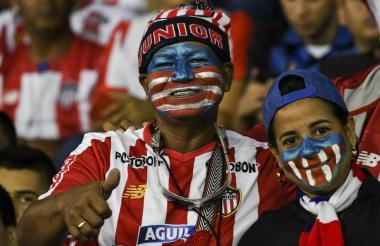 Aficionados del Junior en el Metropolitano.