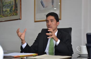 Luis Fernando Mejía.