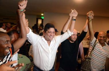 Antonio Quinto Guerra festeja su triunfo.