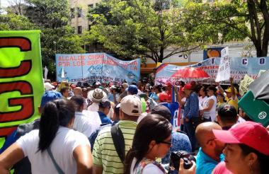 Marcha de docentes en Barranquilla durante el paro del año pasado.