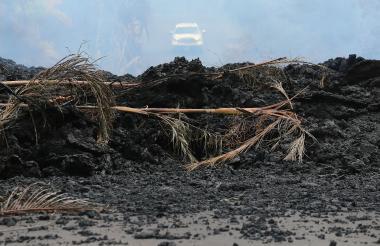 Las autoridades confirmaron que 35 estructuras han sido destruidas por la lava en Leilani Estate.