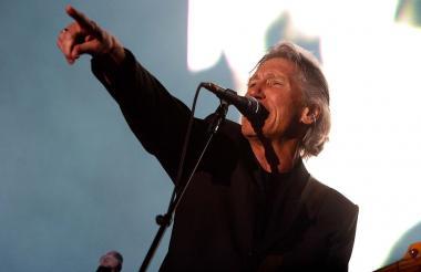Waters nació en Reino Unido. Tiene 74 años.