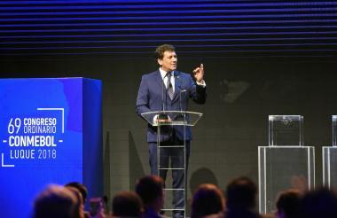 Alejandro Domínguez dando su discurso en el congreso 69 Ordinario de la Conmebol.