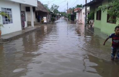 Las fuertes lluvias en Córdoba dejan unas 500 familias damnificadas de acuerdo con la Unidad de Gestión de Riesgos de la Gobernación.