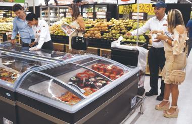 La confianza del consumidor para adquirir bienes se ha reflejado en las cifras de comercio del Dane.