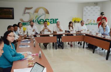 Gobernadores y representantes de los departamentos durante la reunión del Ocad, en Valledupar.